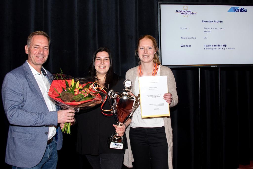 Sierstuk trofee: Bakkerij van der Bijl